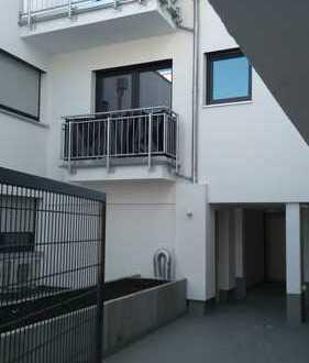 Altersgerechte komfortable City-Wohnung: zentral und ruhig - barrierefrei mit Lift und Tiefgarage!
