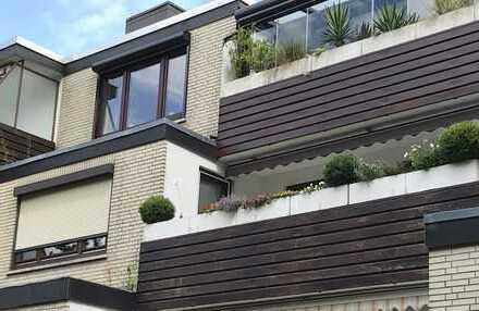 3-Zimmer-Eigentumswohnung in Terrassenbauweise mit Balkon und Nolte-EBK in Bremen-Mittelshuchting