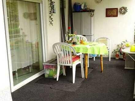 ° ° ° Schicke 2-Zimmer-Wohnung in Bd. Kreuznach-OT mit riesigem Balkon! ° ° °