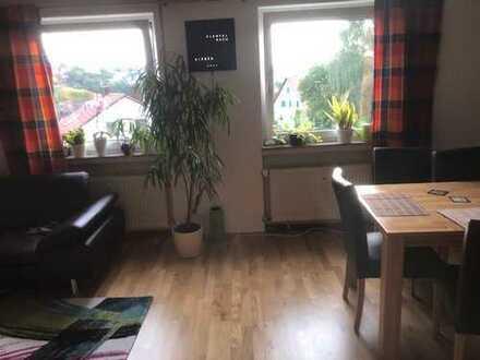 Gepflegte, ruhige, sonnige 3,5-Zimmer-DG-Wohnung in Uni-Nähe mit Einbauküche in Blaustein