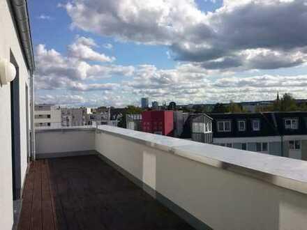 Penthousewohnung mit großer Sonnenterrasse und unverbaubarem Blick über ganz Bonn