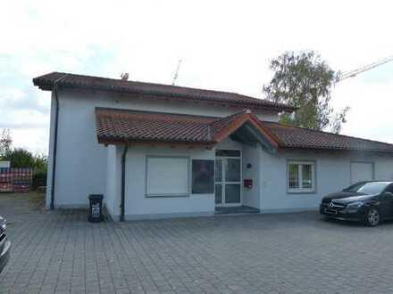 Bürogebäude mit Lager-/Ausstellungsfläche im Gewerbegebiet Ingolstadt-Süd