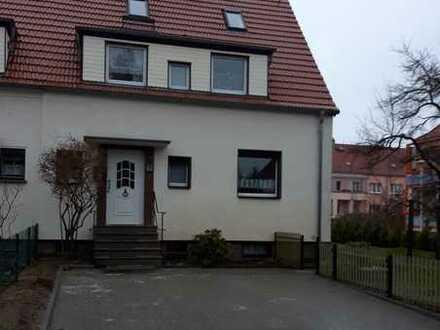 Schönes Haus mit vier Zimmern in Cottbus, Schmellwitz