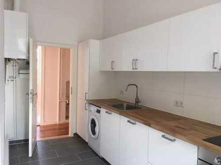 Zwischenmieter für 2-Zimmerwohnung in Neukölln (max. 3 Jahre) | Verfügbar ab sofort