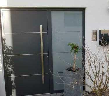 Großzügige, helle, hochwertige 3,5 Zimmer ELW in Talheim
