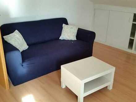 Schöne möbliert/teilmöblierte 2½ (zweieinhalb) Zi. DG-Wohnung mit ca. 55 qm in 89564 Nattheim