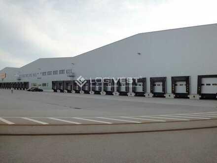 Hochmoderner Neubau einer Logistikhalle an der A21