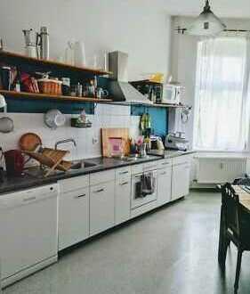 3-Zimmer-Wohnung mit 2 Balkonen Ost-West-Ausrichtung und EBK in Berlin - Karlshorst