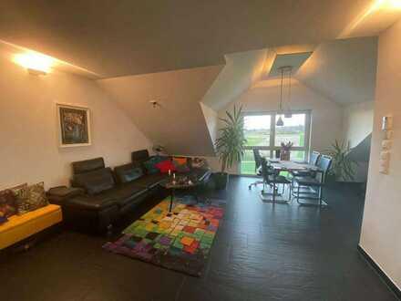 Super 3-Zimmer DG Wohnung ca. 70qm mit Balkon und Fernsicht
