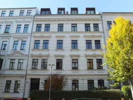 Elegante, helle und schön gelegene 5-Zimmer-WOHNUNG mit Balkon in Gohlis