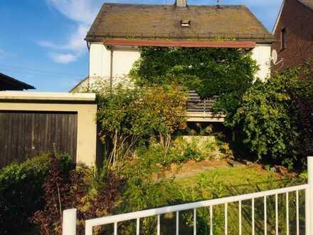 Preiswerte 2-Zimmer-Wohnung mit 2 Terrassen, Einbauküche und Garage in Herdorf
