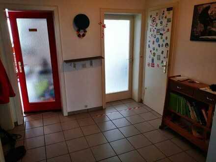 17 m² großes und helles WG Zimmer am alten Posthof!