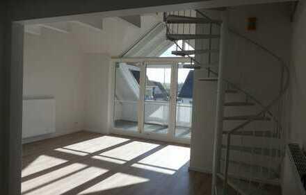 Frisch renovierte 5 Zi. Maisonette-Whg. m. Loggia und sep. WC