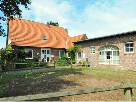 Rastede: Großzügige Immobilie mit diversen Nutzungsmöglichkeiten, Obj. 5253