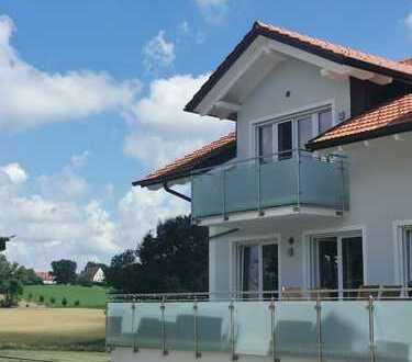 Sehr ruhige, traumhafte, gr. 4-Zi-Dachgeschosswohnung m. 2 Balkonen - Grafing
