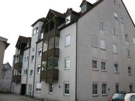 Zwei Eigentumswohnungen mit Doppelparker als stabile Kapitalanlage