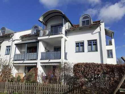 Schöne DG-Wohnung mit Bergblick zu verkaufen. Zur Zeit vermietet.