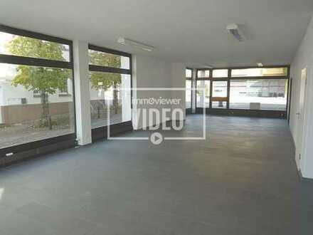 Plüderhausen-Großzügige Büro-Ladeneinheit mit Stellplätzen in attraktiver Lage