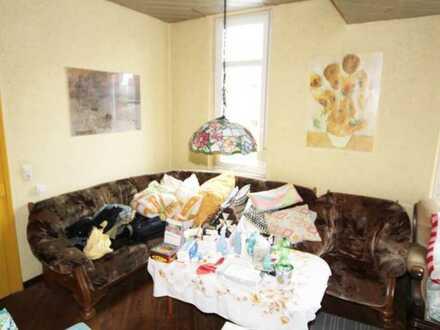 Altbau 3,5 Zimmer Etagenwohnung 113 qm in Top Lage kernsaniert in 2004 zu verkaufen