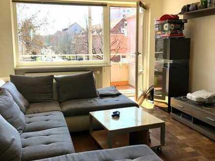 Wg Zimmer 23 qm in einer 4 Zimmer Wohnung (möbliert)