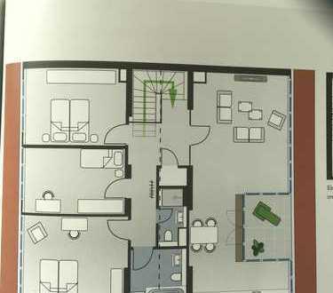 Erstbezug mit Einbauküche und Balkon: attraktive 4-Zimmer-DG-Wohnung in Staaken (Spandau), Berlin