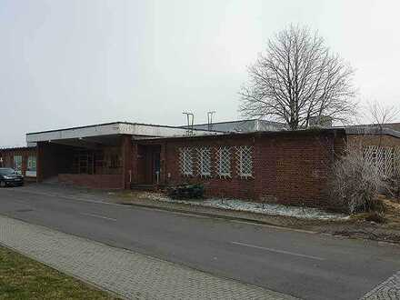 Eigenes kleines Bürogebäude in Gewerbepark von Espenhain!