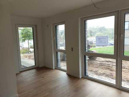 Erstbezug: Top geschnittene 3-Zimmer-Wohnung mit Terrasse und kleinem Garten in Aschaffenburg