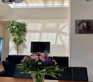 850 €, 140 m², 5 Zimmer
