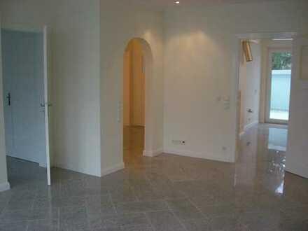 #zentral, ruhig, hell # Provisionsfreie 3Zi.-Wohnung mit Wohnküche und Terrasse.