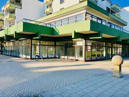 Lukratives Investment: Gewerbe/Ladeneinheiten in zentraler Lage, Aschheim