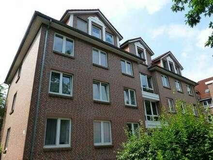 Schöne 3 Zimmer Wohnung mit Balkon.In Nachbarschaft zum Klinikum OL