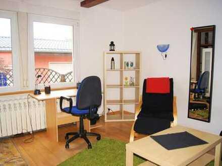 nette 4er WG im wunderschönen Haus sucht neuen Mitbewohner