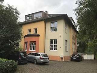 Schöne, geräumige Dachgeschoss-Wohnung in Bochum,