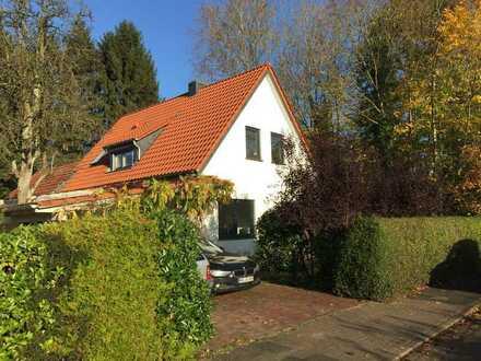 4-Zimmer-Einfamilienhaus - Erstbezug nach energetischer Sanierung (Energiebedarfsklasse A)