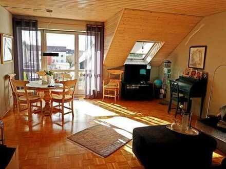 Schöne, helle zwei Zimmer Wohnung in Friedberg-West