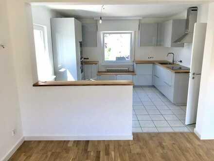 Sanierte 3-Raum-Wohnung mit Balkon und Einbauküche in Budenheim