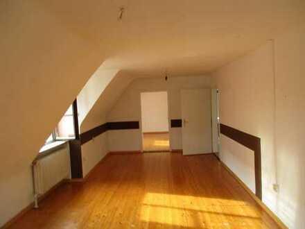 Nostalgische 6-Zimmer Wohnung in der Altstadt von Nördlingen