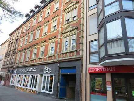 Charmantes Wohn- und Geschäftshaus mit großer Geschäftseinheit sucht einen neuen Kapitalanleger!