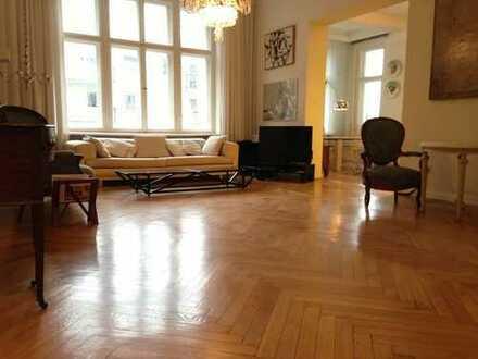 Große ruhige gepflegte Altbau-Wohnung am Bayerischen Platz
