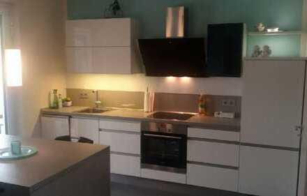 Exklusive 2-Zimmer-Neubau-Wohnung mit Süd-Balkon und Einbauküche in Neuehrenfeld, Köln