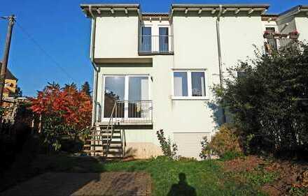 Doppelhausähnliche Wohneinheit mit Gartenanteil in Radebeul-Lindenau