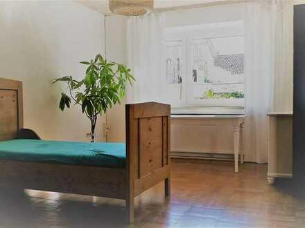 helles möbliertes 20qm-Zimmer in Eichstätt / Zentrum mit Garten
