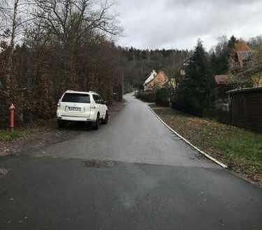 Ebener Bauplatz ohne Bauträgerbindung in ruhiger Lage von Erlau/Schleusingen