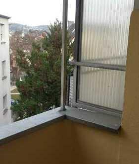 Günstige, vollständig renovierte 2-Zimmer-Wohnung mit Balkon in Hagen