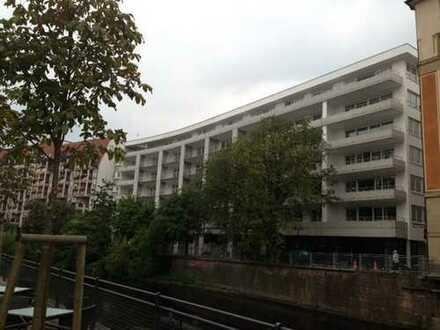 Enzarcaden, Größzügige 3-Zi-Whng. mit Süd-Balkon, Garagenplatz