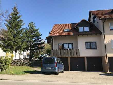 3-Zimmer-Erdgeschosswohnung mit Balkon, Garage, Stellplatz und Einbauküche in Welzheim-Zentrum