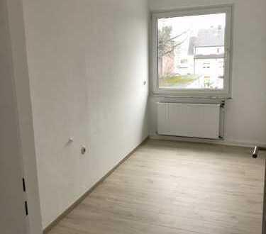 Erstbezug nach Sanierung mit Balkon: freundliche 2,5-Zimmer-Wohnung in Dortmund–Eving