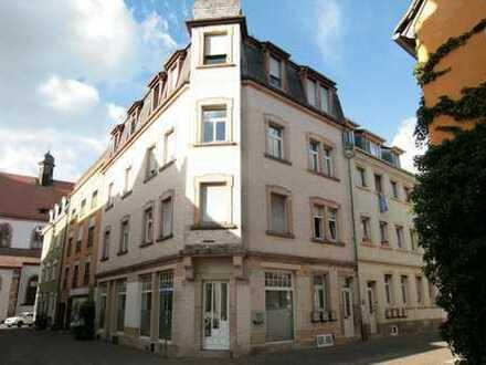 Charmante 4-Zimmer Altbauwohnung im Herzen von Landau