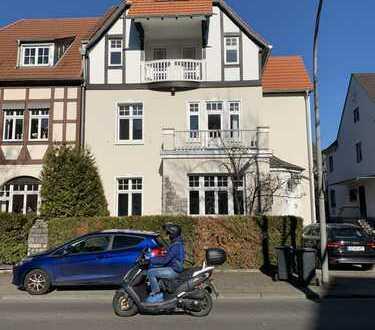 Erstbezug nach Kernsanierung: schöne 3-Zimmer-Maisonette- Altbauwohnung mit Balkon