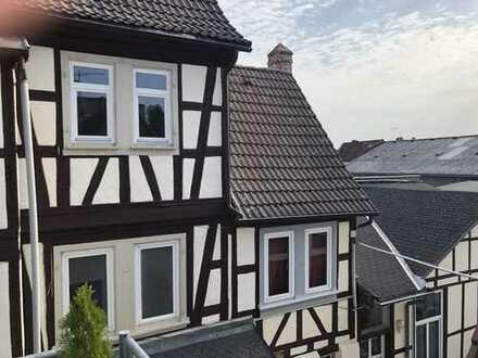 Renovierte 4-Zimmer Maisonette Wohnung im Altbauflair